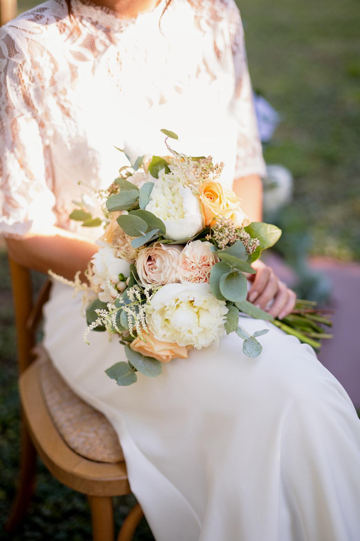 Bouquet pastel Mariage Salon-de-Provence | Justine Maquart Photographe
